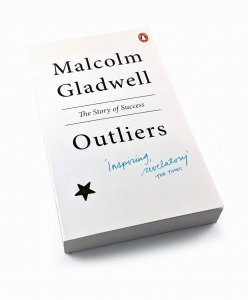 [EN]  Outliers. The Story of Success - Malcolm Gladwell