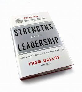 [EN] Strengths Based Leadership. Great Leaders, Teams, and Why People Follow - Tom Rath